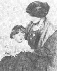 Amber Reeves with daughter Anna-Jane